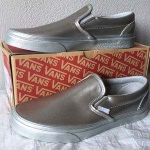 Classic Slip On in Silver Leather Vans SILVER10